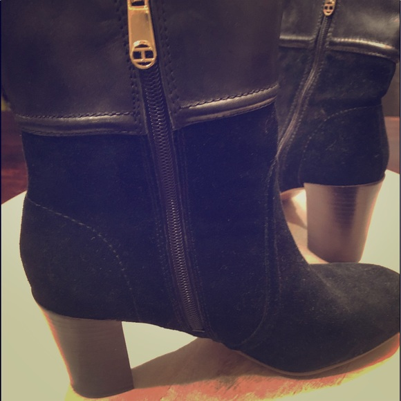 5b8a92b89 Tommy Hilfiger suede ankle boots. Like new. M 5af2809c9cc7ef07ceeb4d2e
